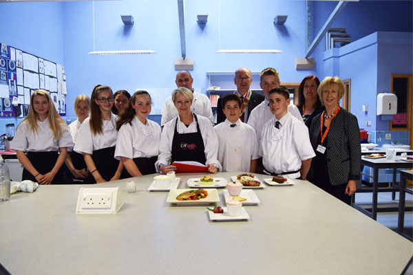 Y10s impress local and celebrity judges